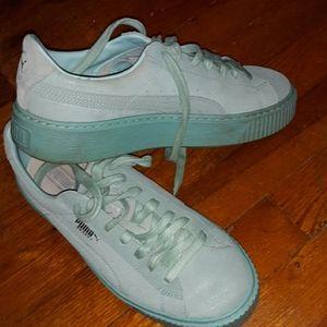 Puma blue leather platform sneakers size 9